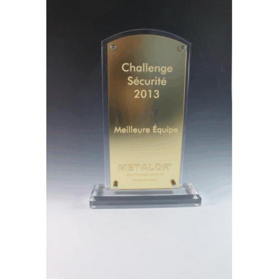 trophée plexiglass métalor tryje