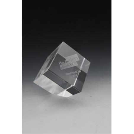 trophée en verre cube pan coupé tryje
