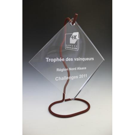 Trophée plexiglass carré suspendu