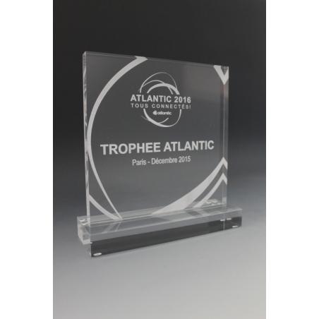 trophée plexiglass personnalisé