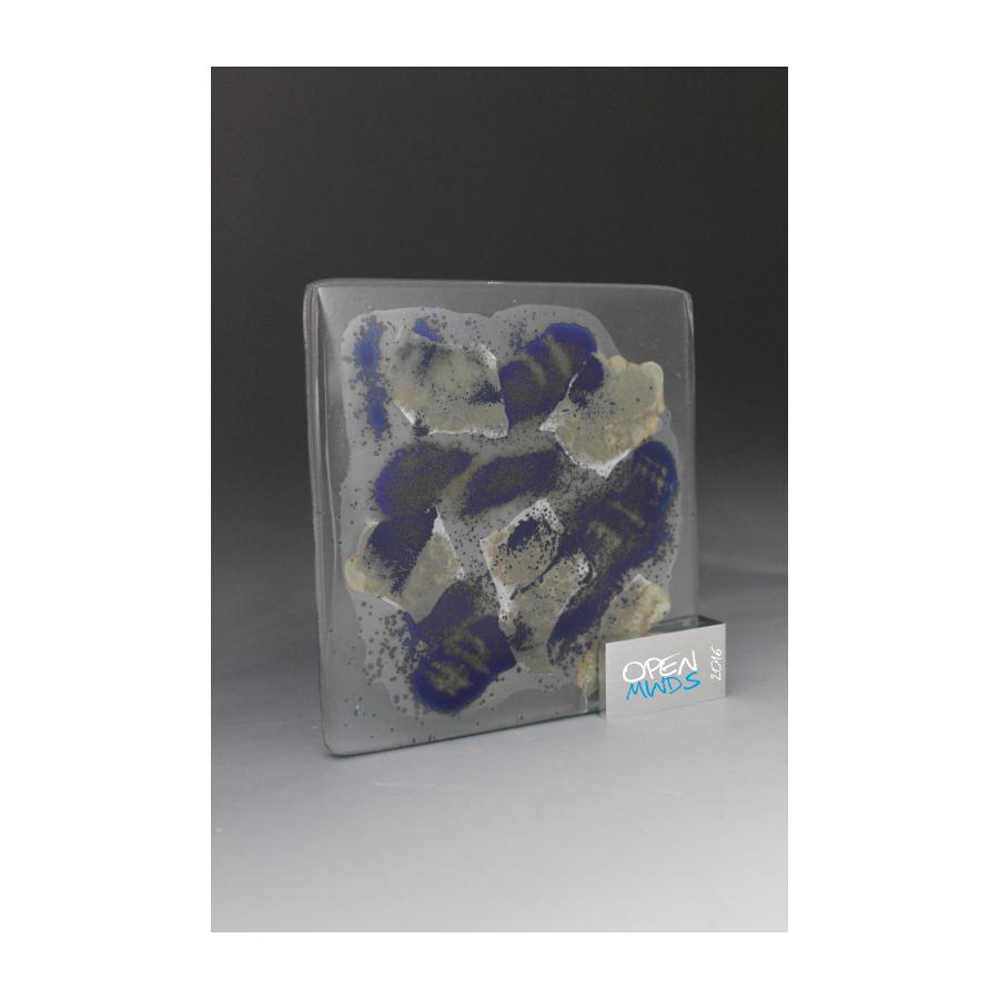 Sculpture  verre fusionné par tryje trophée