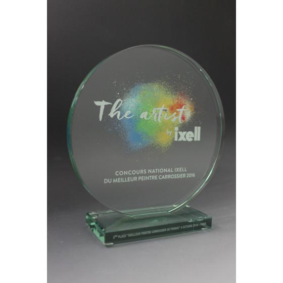 trophée en verre personnalisé