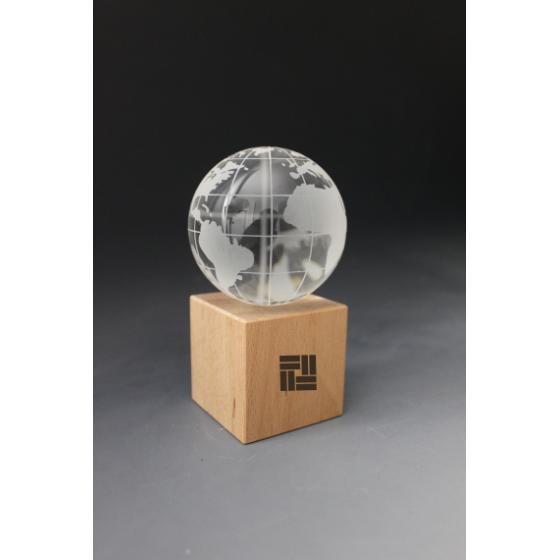 Trophée Bois Globe GM